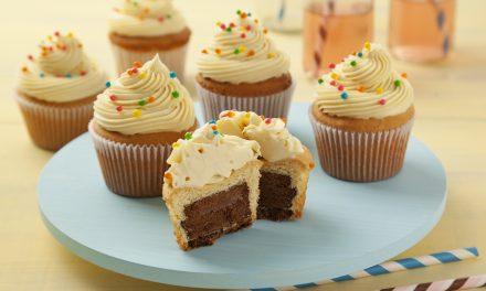 Aprenda a rechear cupcakes de maneira fácil