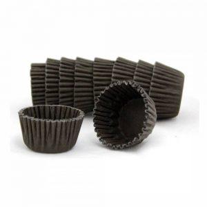 uma imagem sobre fominhas para doces simples