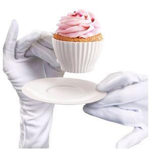 uma imagem sobre cupcake na caneca