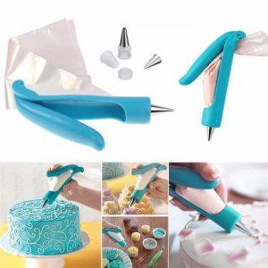 uma imagem sobre como decorar bolos