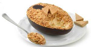 uma imagem sobre ovo de colher com recheio de paçoca