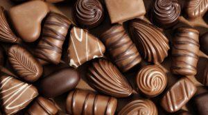 uma imagem sobre beneficios do chocolate