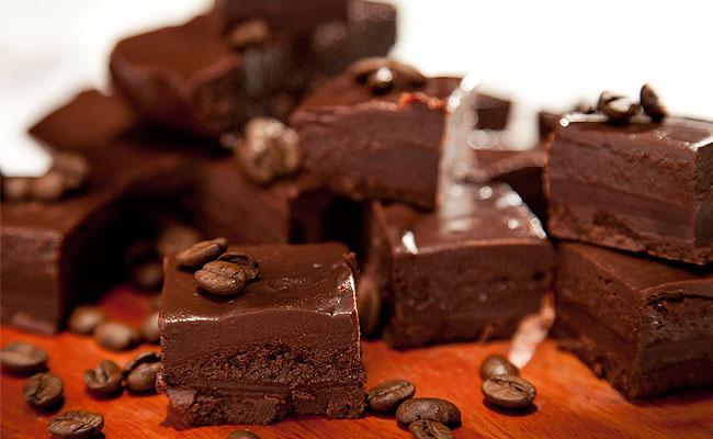 Muito mais chocolate: receita de quadradinho de chocolate com café